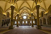 Refectory - Santa Maria Monastery of Alcobaca, Portugal. Unesco world heritage. The closter´s lavatorium marks the entrance to the Refectory and served for ablutions - ritual washing. During meals sacred texts were read aloud from the pulpit.