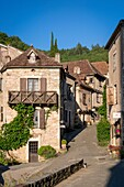 Early morning in Saint-Cirq-Lapopie, Quercy, Midi-Pyrenees, France.