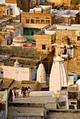 India, Rajasthan State, Bundi, children playing kites on rooftops, Day kite in February 15