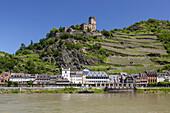 Kaub underneath Burg Gutenfels Castle, Upper Middle Rhine Valley, Rheinland-Palatinate, Germany, Europe