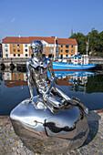 Skulptur Han im Hafen von Helsingør, Insel Seeland, Dänemark, Nordeuropa, Europa