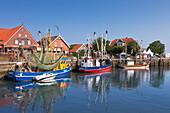 Fishing cutter at the harbour, Neuharlingersiel, East Friesland, Lower Saxony, Germany