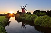 Twin windmills, Greetsiel, East Friesland, Lower Saxony, Germany