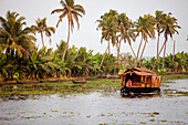 India, Kerala State, Allepey, the backwaters, houseboat on the canals