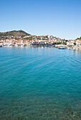 Port-Vendres and its bay, Côte Vermeille, Mediterranean Sea, Pyrénées Orientales, Occitanie, Languedoc Roussillon, France