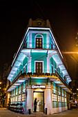 Außenansicht vom Mocha Restaurant und Bar bei Nacht, Macau, Macau, China