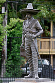 United States, Illinois, Chicago, the Mexican District called Little Village is the second largest latino community, Zapata statue