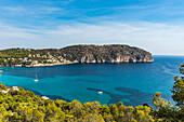 Küstenlandschaft und Bucht, Mallorca, Balearen, Spanien