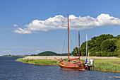 Sailing boat in Baabe Bollwerk, Baltic resort Baabe, Moenchgut, Island Ruegen, Moenchgut, Baltic Sea coast, Mecklenburg-Western Pomerania, Northern Germany, Germany, Europe