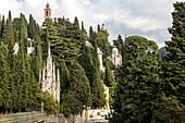 Skulpturen, Grabdenkmal, Familiengräber, Monumentalfriedhof, Staglieno, niemand, Zypresse, Genua, Ligurien, Italien