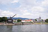 Bootstour on river Rhein, Oestrich-Winkel, Rheingau, Hesse, Germany
