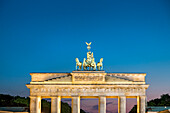 Quadriga in the evening light, Brandenburg Gate, Berlin, Germany