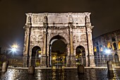 Europe, Italy, Lazio, Rome. Arch of Costantine by night.