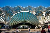 Portugal, Lisbon, Parque das Nações, Park of Nations, Gare do Oriente or Oriente railway station, designed by par Santiago Calatrava and built by Nesco for the Universal Exhibition of 1998.