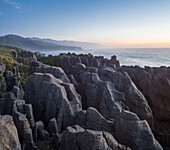 Rocky coast, Pancake Rocks, Paparoa-Nationalpark, West Coast, South Island, Tasman Sea, New Zealand, Oceania
