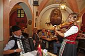 Evening music in Ratskeller, New city hall, Marienplatz, Munich, Upper Bavaria, Bavaria, Germany