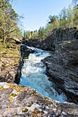 Frühling, Fluss, Wasserfall, Stromschnellen, Rauma, Romsdal, Norwegen, Europa