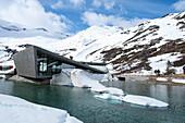 Bergstation, Tourismus, Schnee, Berge, Romsdal, Norwegen, Europa