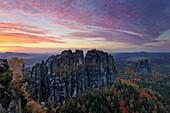 Schrammsteine, Sonnenuntergang, Herbst, Sächsische Schweiz, Sachsen, Deutschland, Europa