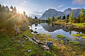 Sonnenuntergang, Spiegelung, Bergsee, Lago Limides, Dolomiten, Alpen, Italien, Europa