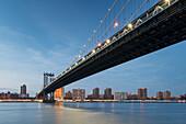 Manhatten Bridge, East River, Manhattan, New York City, New York, USA