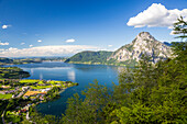 Lake Traunsee, Altmuenster and Mount Traunstein, seen from Mount Baalstein, Upper Austria, Austria, Europe