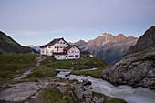Alpine Association, New Regensburg alpine hut, Stubaier Hoehenweg, Stubaital, Tyrol, Austria, Europe
