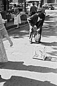 1960, Birdmarket, Marketplace, Paris, France