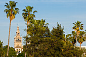 Torre del Oro, Giralda, bell tower of the cathedral, Sevilla, Andalucia, Spain, Europe