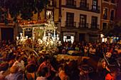 Simpecado cart, Plaza del Salvador, return to Sevilla, El Rocio, pilgrimage, Pentecost festivity, Huelva province, Sevilla province, Andalucia, Spain, Europe