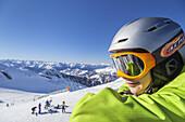 Pause vom Skifahren im Skigebiet Hintertuxer Gletscher, Hintertux, Zillertal, Tirol, Österreich, Europa