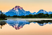 'Mount Moran from Oxbow Bend at dawn, Grand Teton National Park; Wyoming, United States of America'