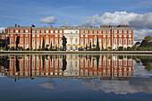 Park und Palace, Hampton Court, Richmond upon Thames, Surrey, England