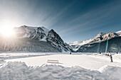 man playing ice hockey at Lake Louise, Bow Valley, Banff National Park, Alberta, Kanada, north america