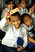 vietnamese kids, one-pillar Pagode, hanoi, Vietnam, Asia