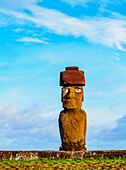 Moai in Ahu Ko Te Riku, Tahai Archaeological Complex, Rapa Nui National Park, UNESCO World Heritage Site, Easter Island, Chile, South America