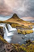 Grundafjordur, Snaefellsnes Peninsula, Western Iceland, Iceland, Kirkjufell mountain and Kirkjufellfoss waterfall