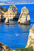 Portugal, Algarve, Lagos. Sculpted cliffs of Ponta da Piedade.