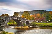Llanrwst Brücke ,Pont Fawr, Clwyd, Snowdonia, Nordwales, Vereinigtes Königreich, Europa
