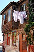 Turkey, Istanbul, municipality of Fatih, district of the small Aya Sofya (kucuk Aya Sofya), old Ottoman house