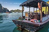 Vietnam, Ha Long Bay, junk (UNESCO World Heritage)