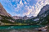 Der malerische Seebensee im Mieminger Gebirge, Tirol, Österreich