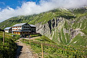 Kemptner House, Long Distance Hiking, Mountain Landscape, Summit, Hiking Holidays, Nature, Hut Tour, Summer Meadow, Flower Meadow, Alpine Meadow, Hiking Trails, Allgäu, Alps, Bavaria, Oberstdorf, Germany
