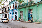 Street life in Havana Vieja, Parque Cervantes, nearly no cars on the street, historic town, center, old town, Habana Vieja,  family travel to Cuba, parental leave, holiday, time-out, adventure, Havana, Cuba, Caribbean island