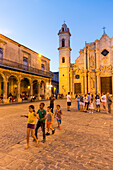 Cathedral at Havana Vieja, Plaza de la Cathedrale, children playing on the square, historic town, center, old town, Habana Vieja,  family travel to Cuba, parental leave, holiday, time-out, adventure, Havana, Cuba, Caribbean island