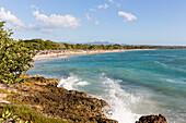 beautiful sandy beach and turquoise blue sea, Playa Rancha Luna, palm tree, family travel to Cuba, parental leave, holiday, time-out, adventure, Cienfuegos, Cuba, Caribbean island