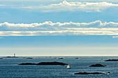 Blick vom Hausberg des Ort Rönnäng, Insel Thörn, Bohulsän, Schweden