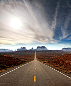 USA; Utah, Hwy 163, 13 mile marker, looking towards Monument Valley, Navajo Tribal park