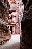 el khazneh al faroun, the treasury, Petra, south Jordan, jordan,middle east, asia