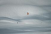 Snow kitesurfing on Campo Imperatore, Campo Imperatore, L'Aquila province, Abruzzo, Italy, Europe